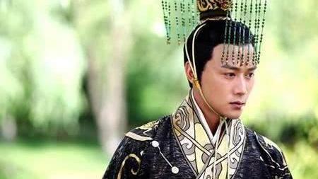 这个拥有中国历史上最奇葩尊号的女人,连王莽都要退避三舍
