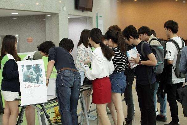 韩国人比中国人工作更努力?韩国人的自信说法和实际情况不符