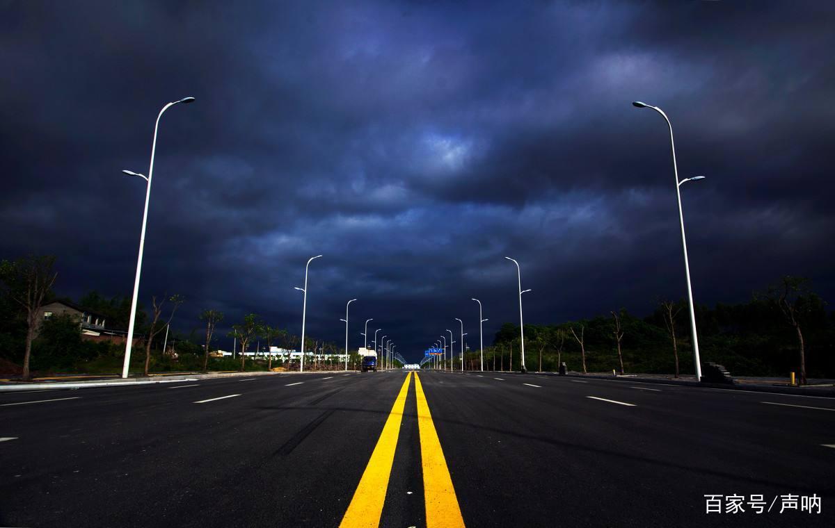 马路上的这几种线条你真的明白是什么意思吗?