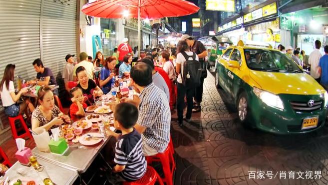 曼谷是一个极端的城市,尤其在食物方面,但唐人街的美食不容错过