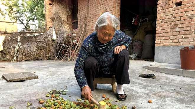 宝鸡扶风农村83岁老奶奶:听听她一日三餐都吃啥