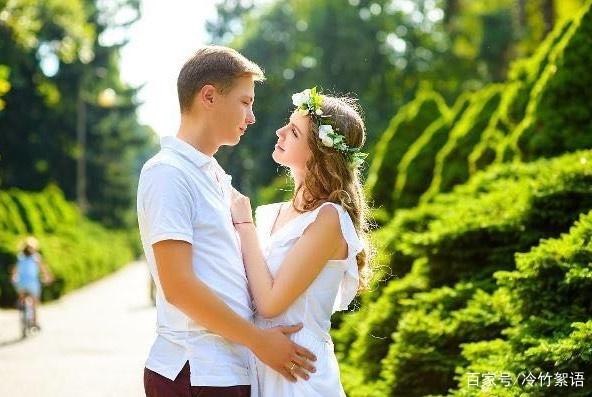 """有一种中年夫妻的""""爱"""",是分床睡,经历过的人才明白"""