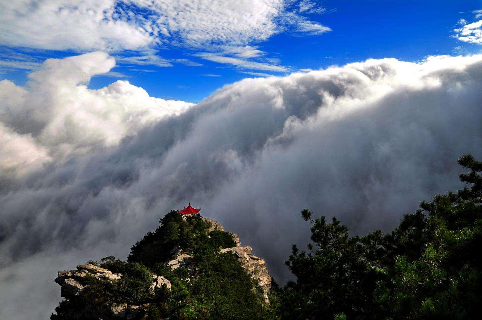 到庐山旅游,可以去这几个景点看看哦,感觉很不错!