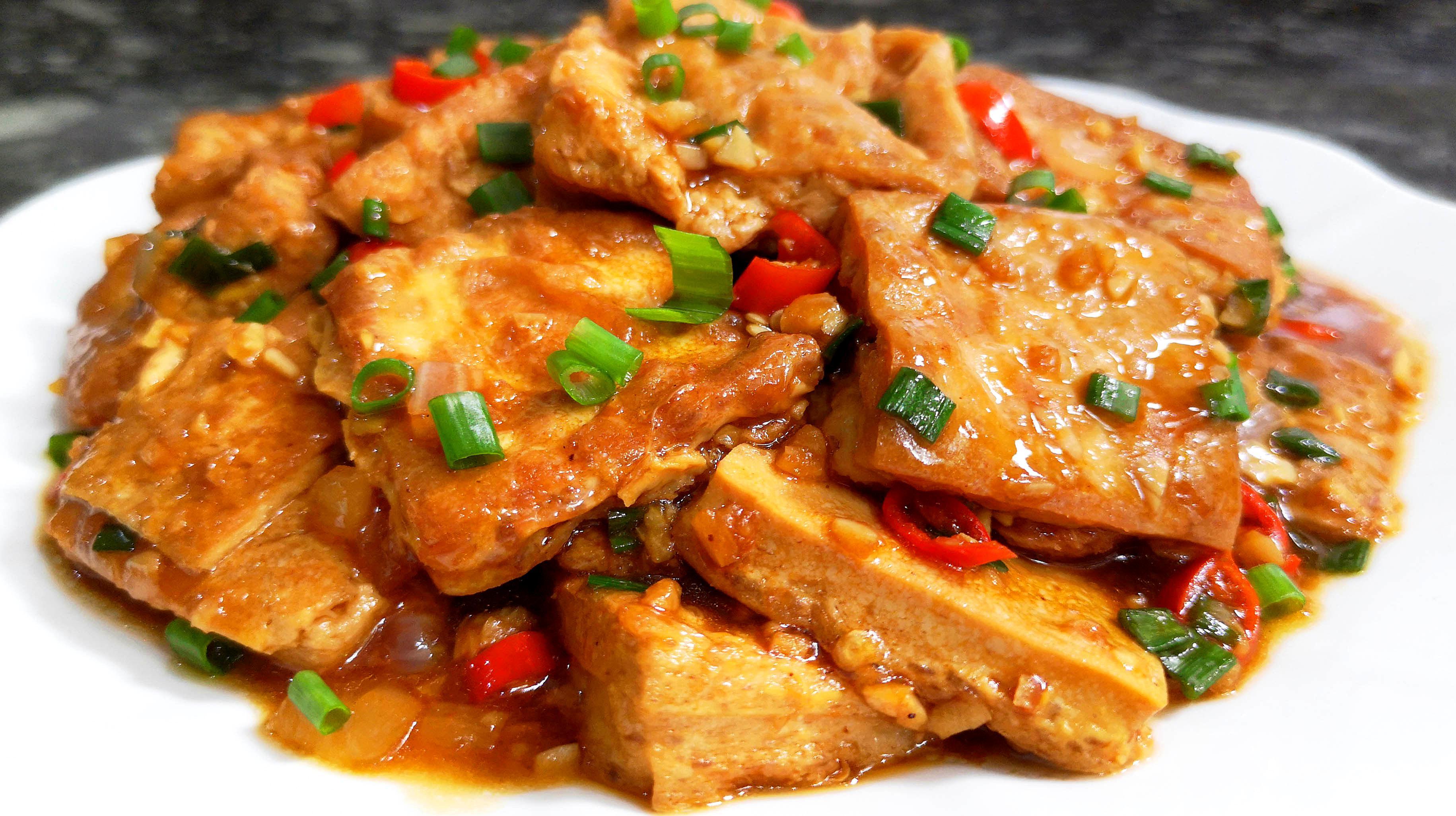 红烧香嫩的排骨豆腐,比家常做的好吃,做法下饭,超级入味美颐鲍汁公司饭店图片