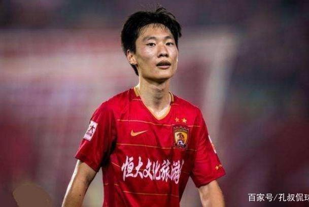 广州恒大24岁飞翼或无球可踢:能突善射的他获赞能力不逊韦世豪