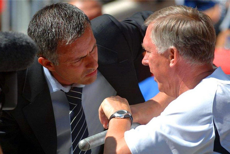 弗格森为他流泪,穆帅安排他捧杯,却觉得战术最优秀教练另有其人