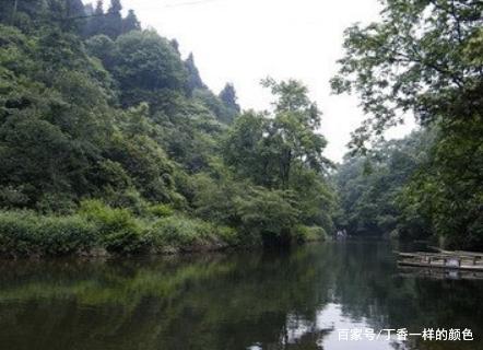 邛崃天台山风景区,前瞰成都平原,后临玉溪河谷!
