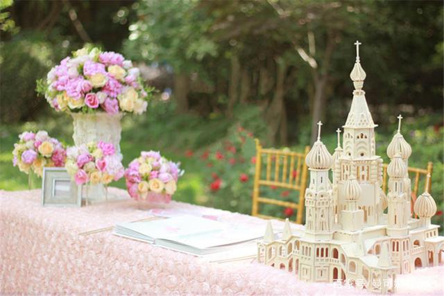 户外婚礼,草坪婚礼场地选择,婚礼布置攻略