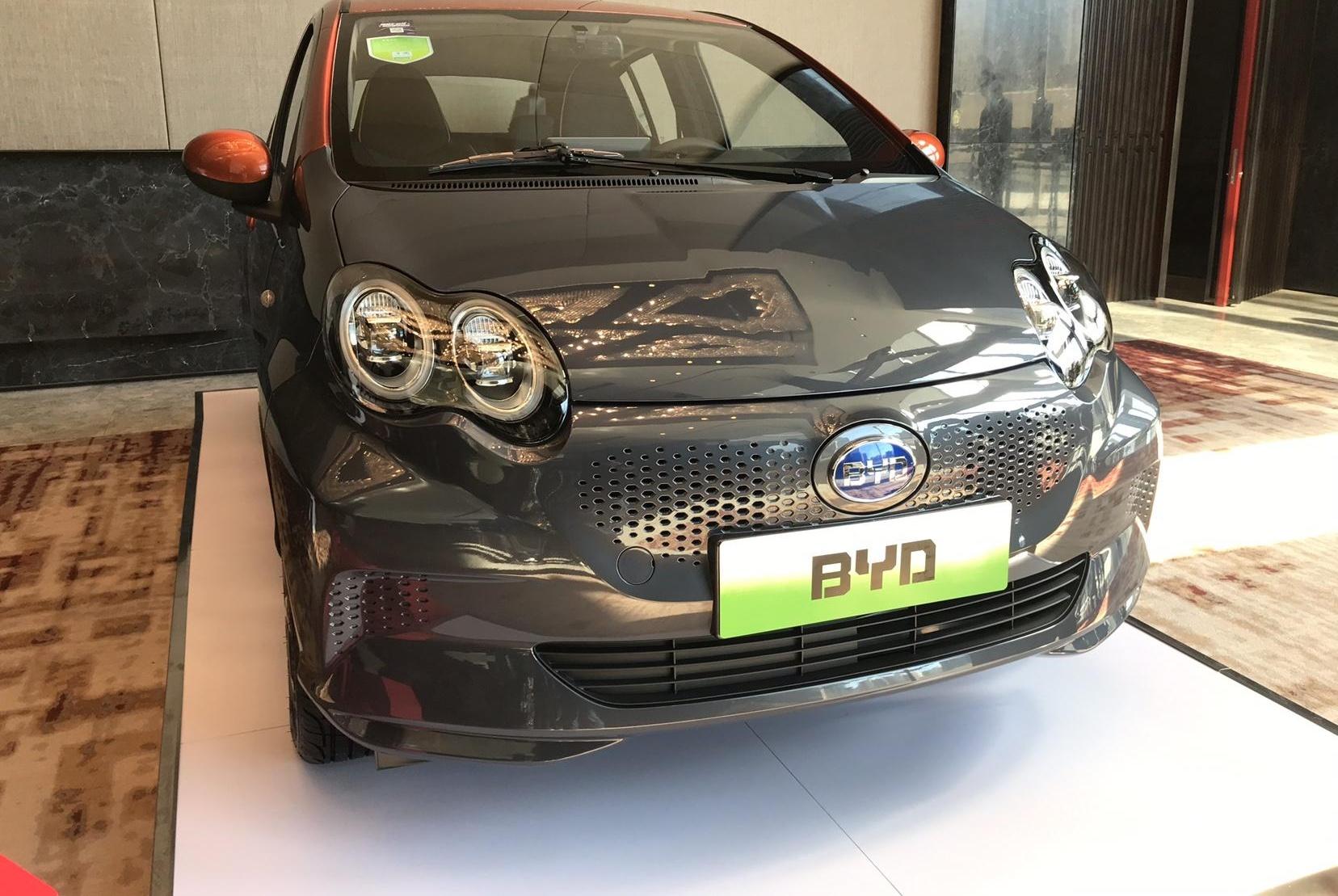 比亚迪e1实车正式亮相,网友感叹:竟然比效果图还漂亮