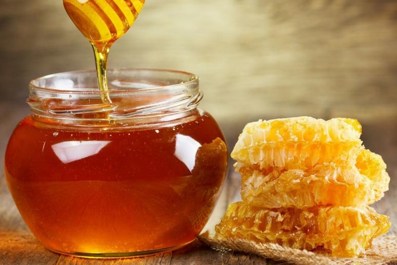 """蜂蜜碰上""""它"""",是天然""""泻药"""",没事喝两口,体重悄悄降!"""