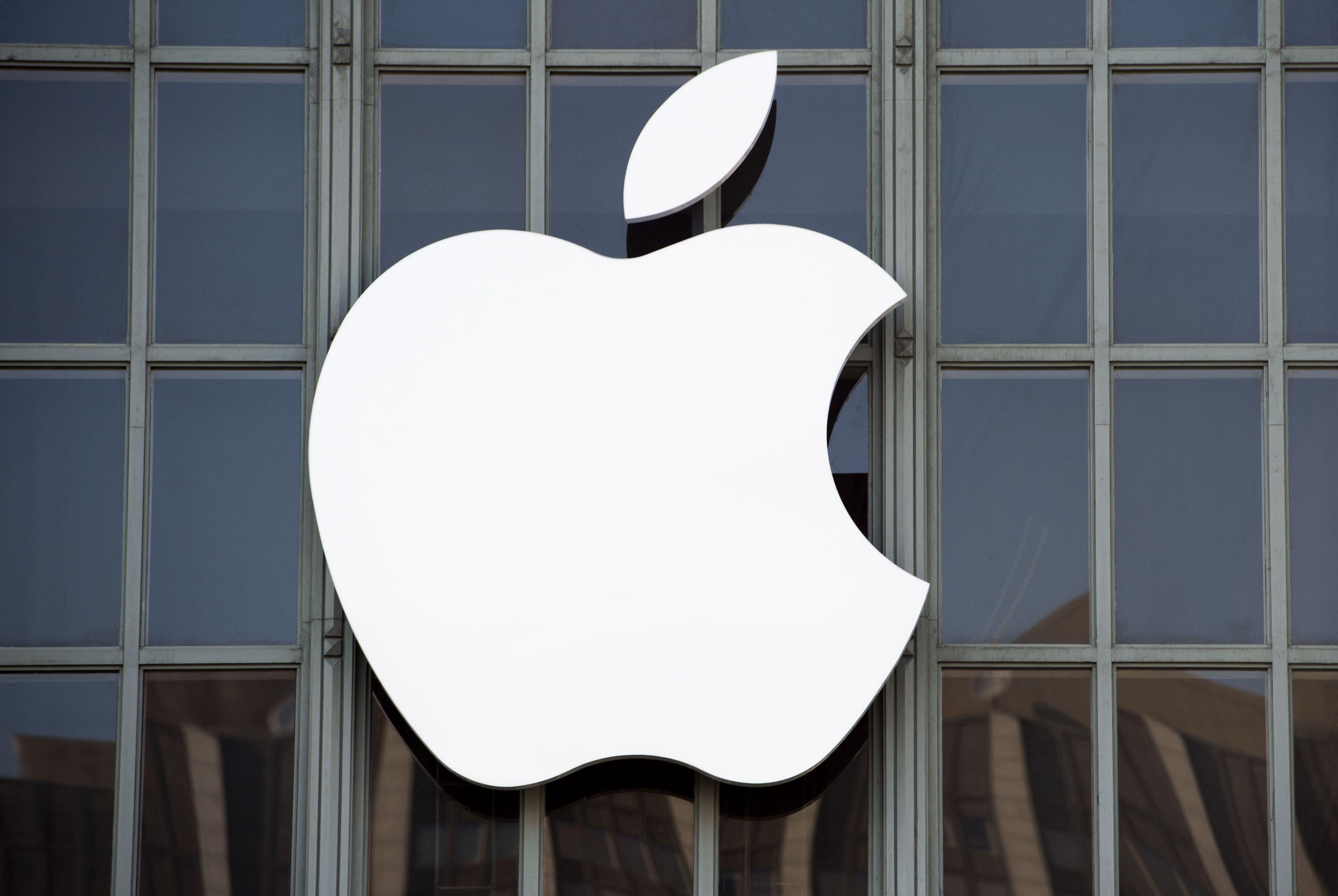 苹果再降价:iPhone最高降500元,14日内购买可退差价