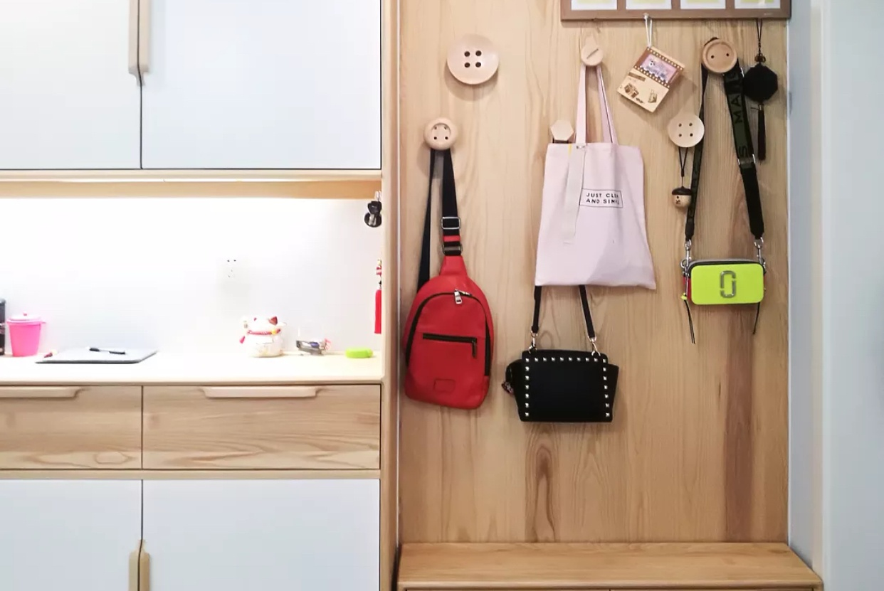 以后有房子了,入户鞋柜也要这样装,美观而且实用,特别喜欢!