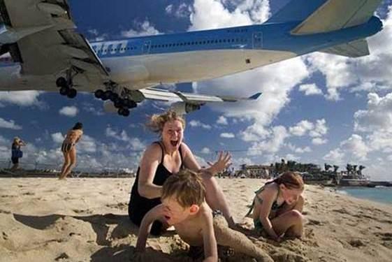 外出旅行时,为什么不要晚上坐飞机?游客:体验一次就知道了