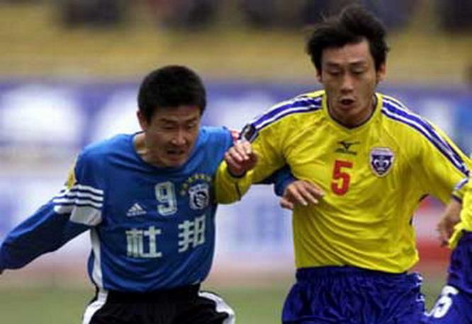 16年前的今天年夜连实德争议声中击败四川冠城 昔时进场球员今安在