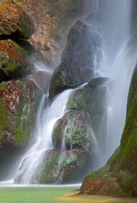 风景写实——宜昌附近的瀑布