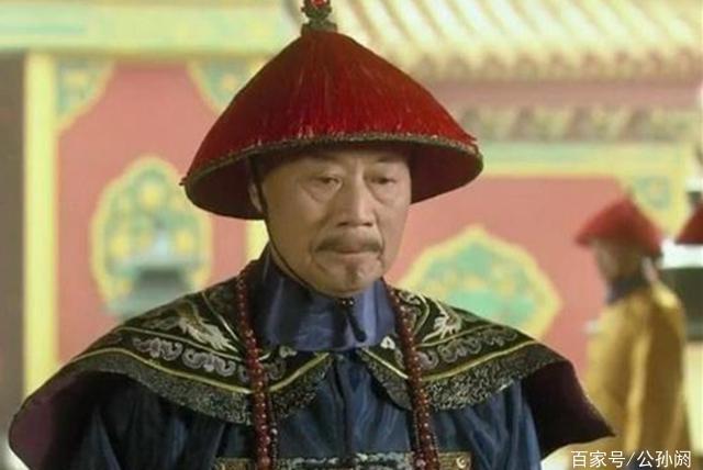 此人离京赴任,好友送他一男仆,2年后期满,男仆的身份吓坏官员