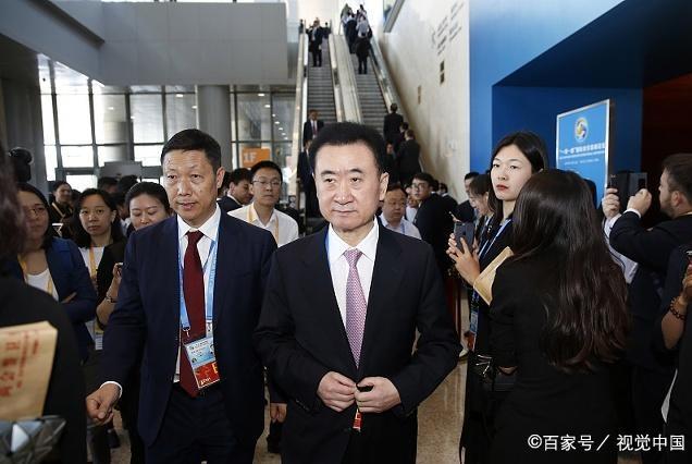 他曾抄底万达酒店,王健林给他便宜130亿,如今欠债千亿破产在即