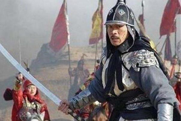 辽国猛将跟北宋叫板,一小人物拿武器说:我来解决,猛将当场毙命