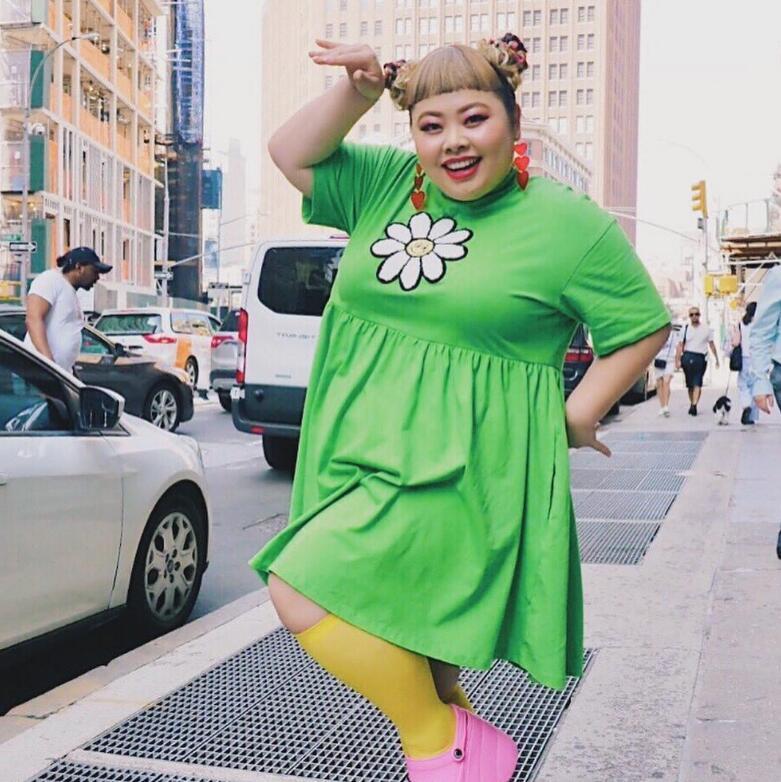 体重200斤成她的招牌,坐拥800万粉丝狠甩水原希子,究竟凭什么?