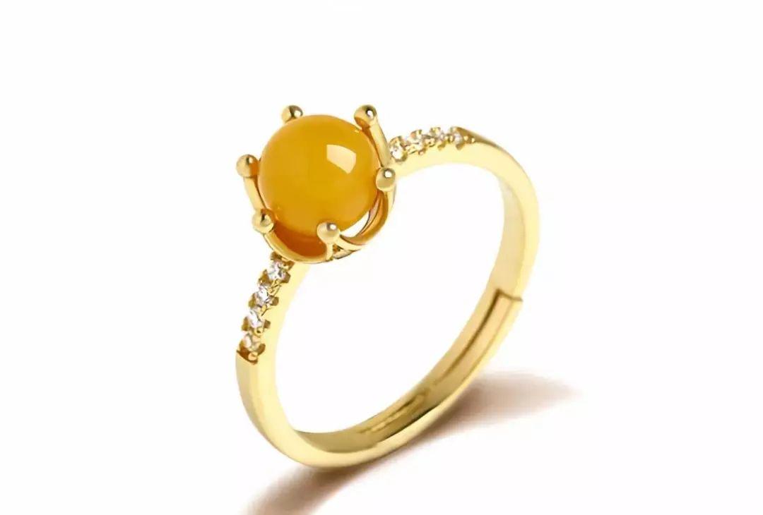 珀金镶嵌琥珀蜜蜡戒指