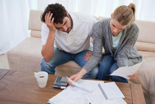 美国家庭债务增加,消费者债务创新高!
