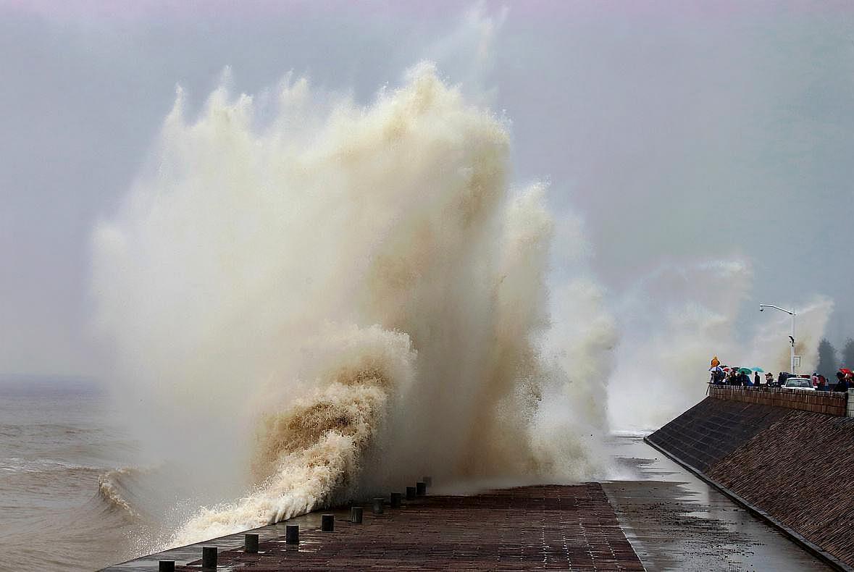 随着人类的介入,钱塘江壮观大潮是否会逐渐消失?