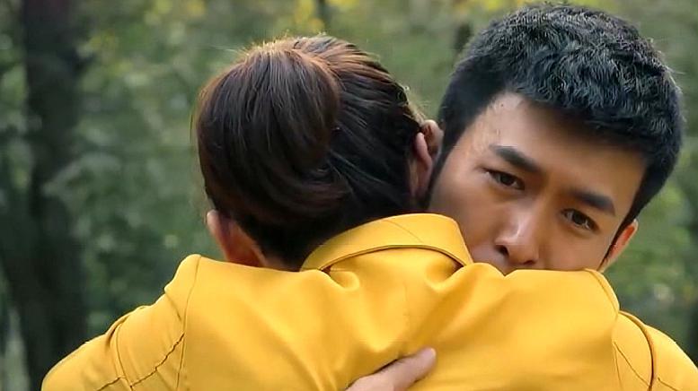 电视剧《最强狂兵》,林傲雪苏锐二人再次重逢,非常感人的片段!