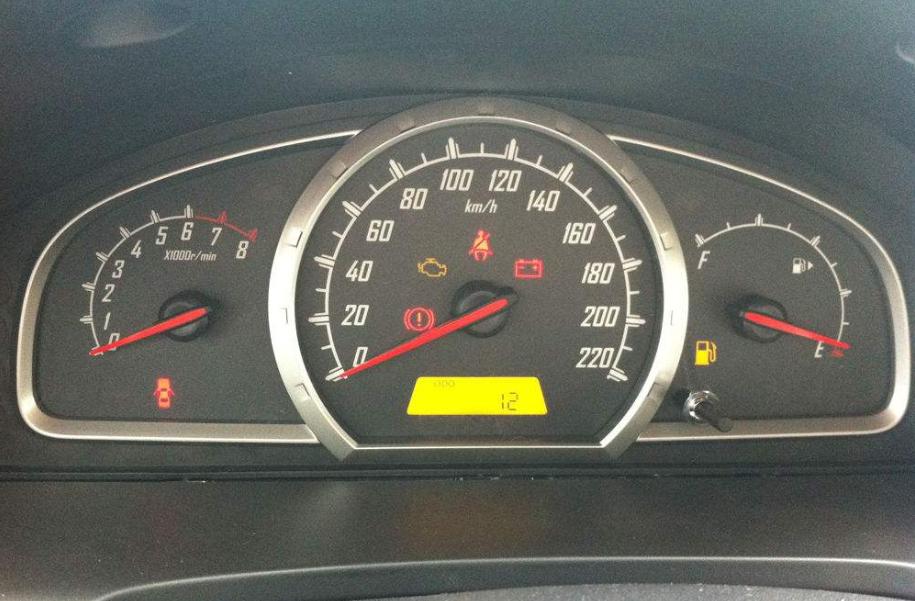 汽车跑200公里油耗多少算省油?老司机:少于这数,就是省油车!