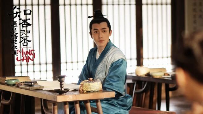 知否冯绍峰的顾二爷被嘲没有少年感,可谁还记着霸道柔情的八阿哥