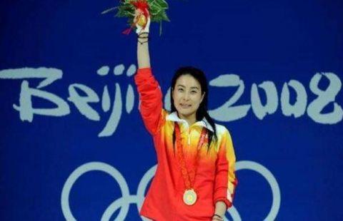 郭晶晶,1981年10月15日生于河北保定,前中国跳水队运动员,奥运会冠军.图片