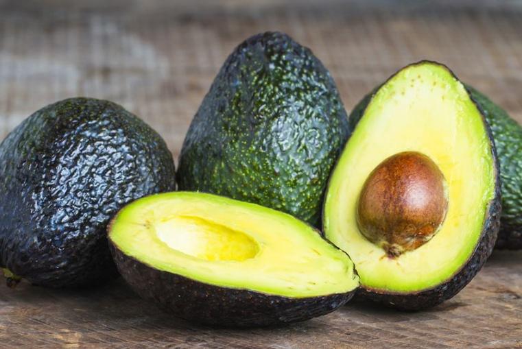 这4种水果的热量比米饭还高,减肥期间的女人尽量还是少吃吧!