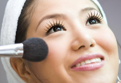 经常化妆和经常素颜的这两种人,十年后会有怎样的区别?