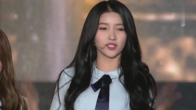 GFriend《夏雨 侧耳倾听》2017韩国音乐节