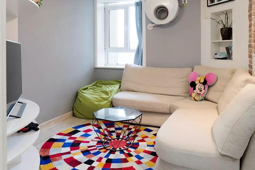 65平两居室,把整个客厅挪移45度,空间扩大两倍!太实用了!晒晒