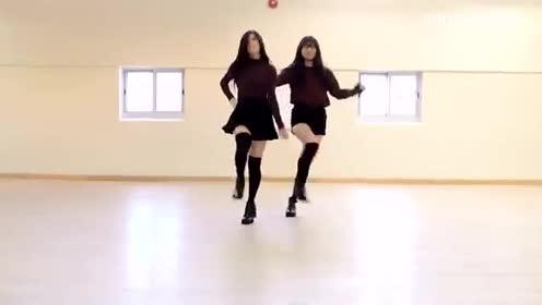 打开好看视频,无广告省流量 03:43 双人洋妹子可爱舞蹈twice-signal