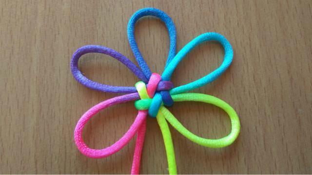 中国结手工编绳:1根线如何编出六耳团锦结?