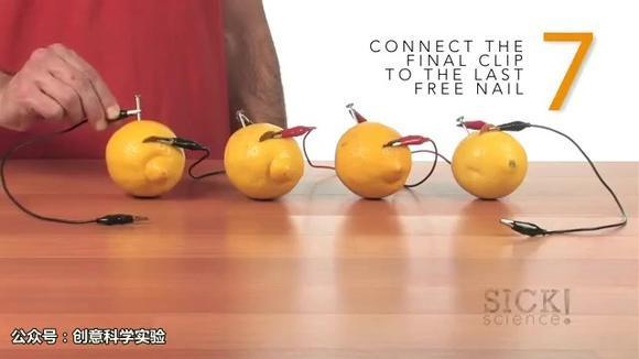 科学小实验:柠檬电池,水果还能发电?