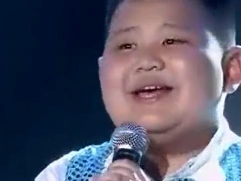 12岁小胖娃演唱《春天的芭蕾》,全场掌声不断,关凌直呼太棒了