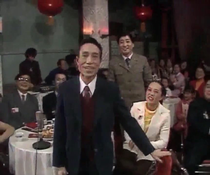 30年前的春晚像宴会现场,陈佩斯 朱时茂 游本昌 袁阔成 马季