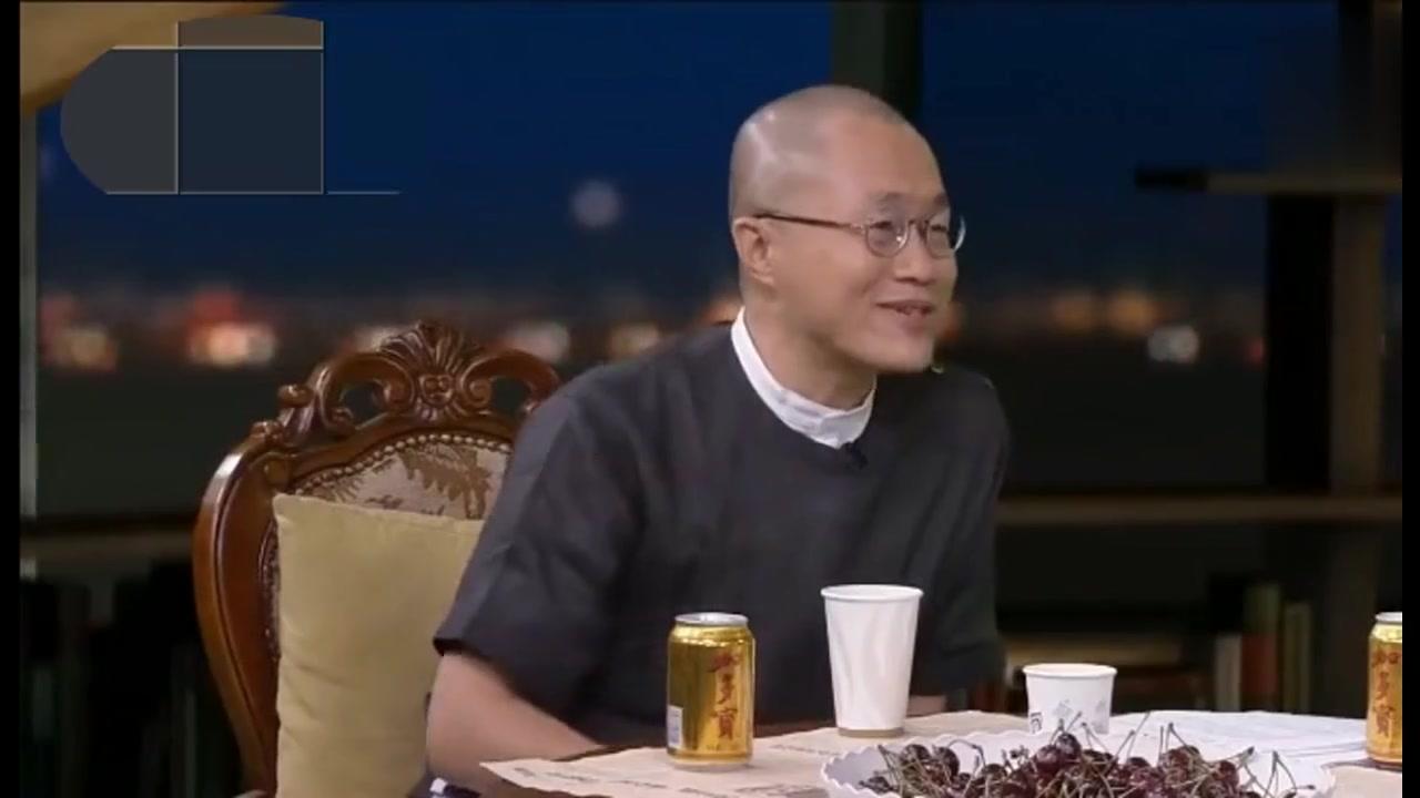 """对话窦文涛,李成儒揭秘抗日剧""""亮剑""""幕后故事,令人茅塞顿开"""
