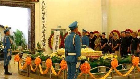 原来他已经去世?是中国第一代功夫皇帝,48岁因病去世令人惋惜!