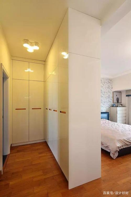 主卧卫生间门直对床如何装修好