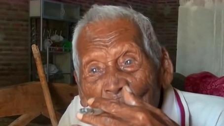 146岁老人送走7代子孙,直言自己活够了,曾透露过长寿秘诀