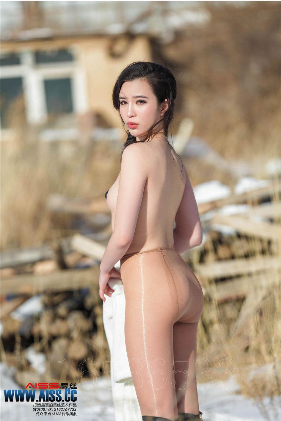 [AISS爱丝] 经典丝袜美腿外拍 第100期 冰雪女神(下