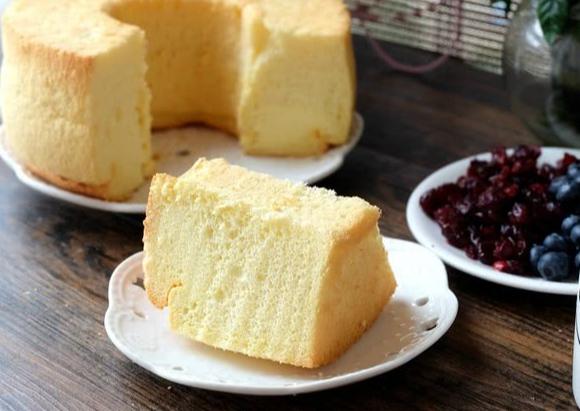 果粒橙戚风蛋糕的做法,口感松软细腻,这个配方最适合新手做!