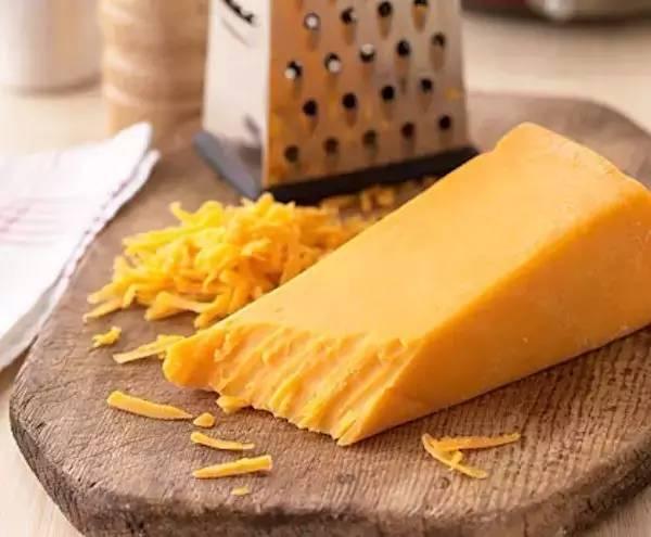 芝士和奶酪到底是什么关系,你知道吗?