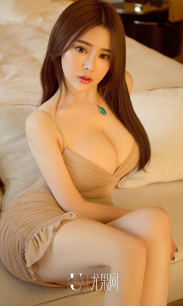 [Ugirls]爱尤物 No.1064 金色曲线 A4411