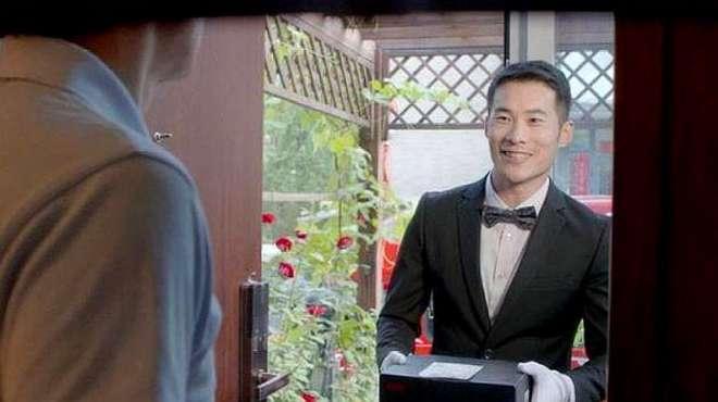 京东盯上奢侈品,投资了一家钟表集团,网友:谁在京东买劳力士?