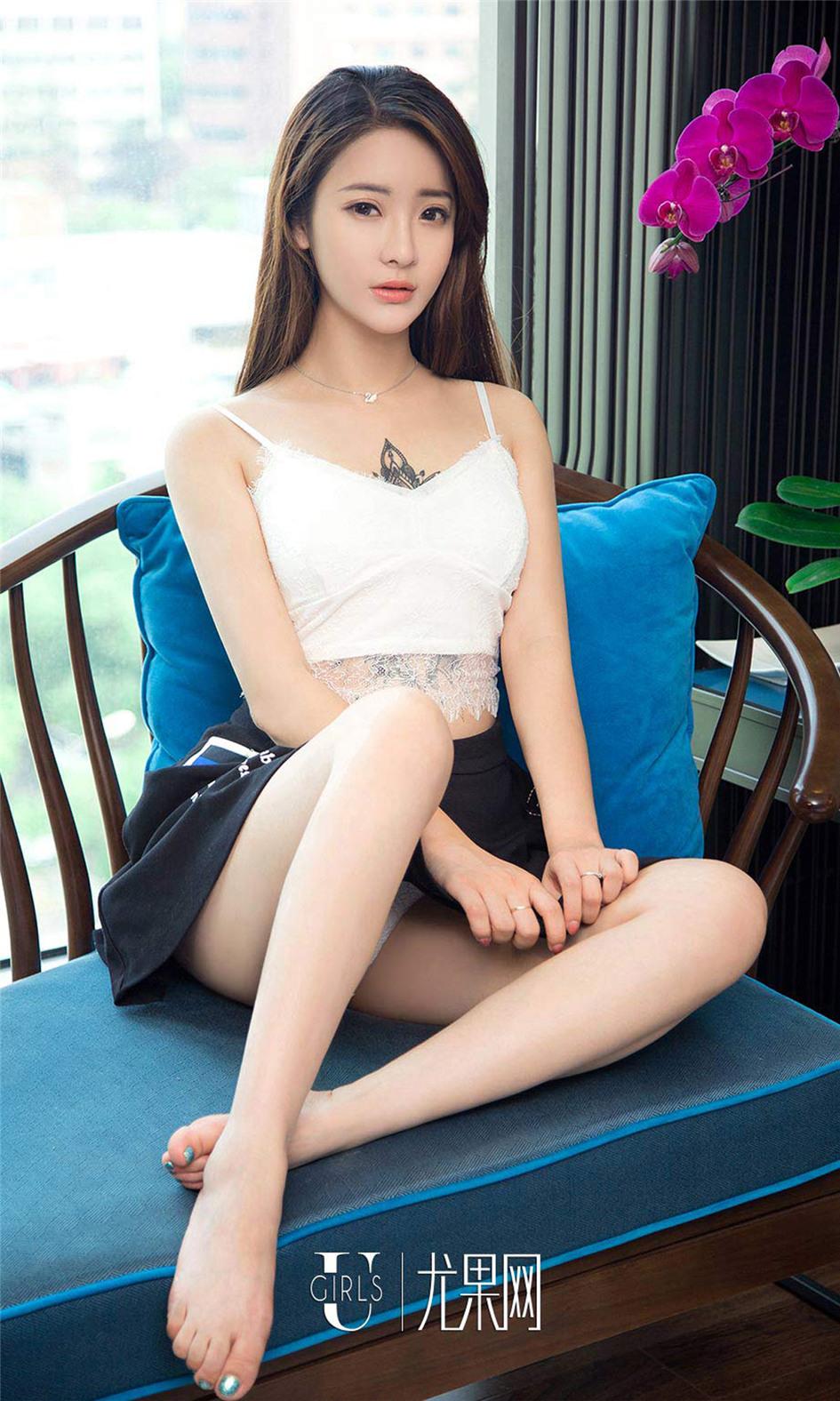 [尤果网] 美白长腿大美女刘天天清纯写真 第913期