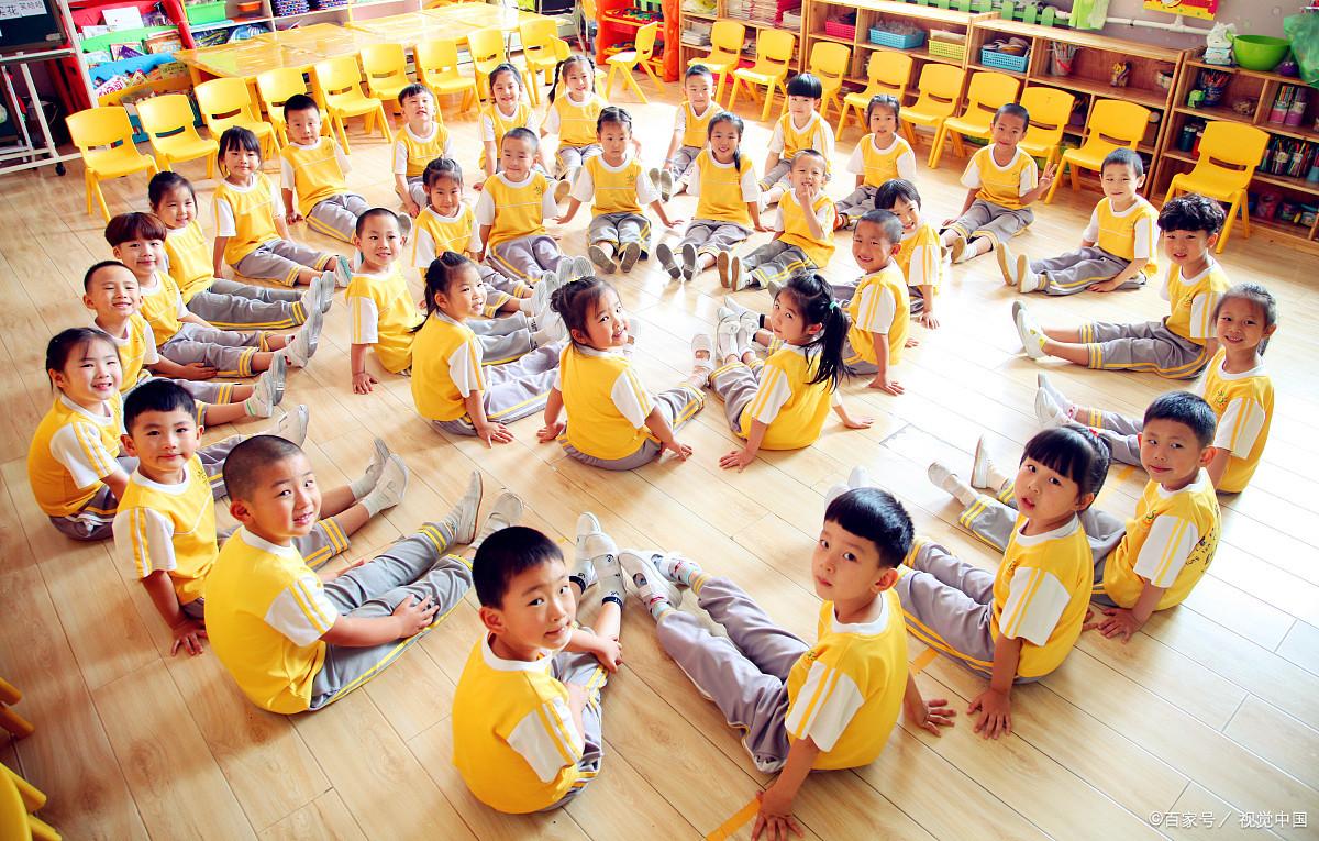育儿指南:知幼儿园不教知识只玩游戏,有助于提升孩子的认知水平
